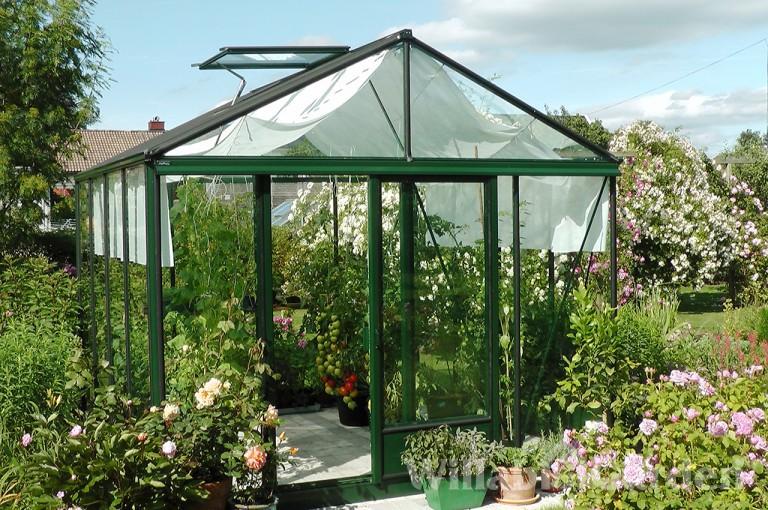 MAXI 4 - En bred modell, perfekt för odling och som lusthus